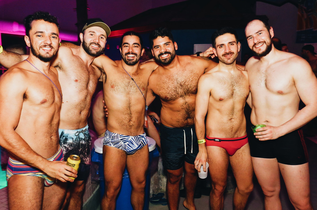 Sexy Gay Men, bears, otters and cubs