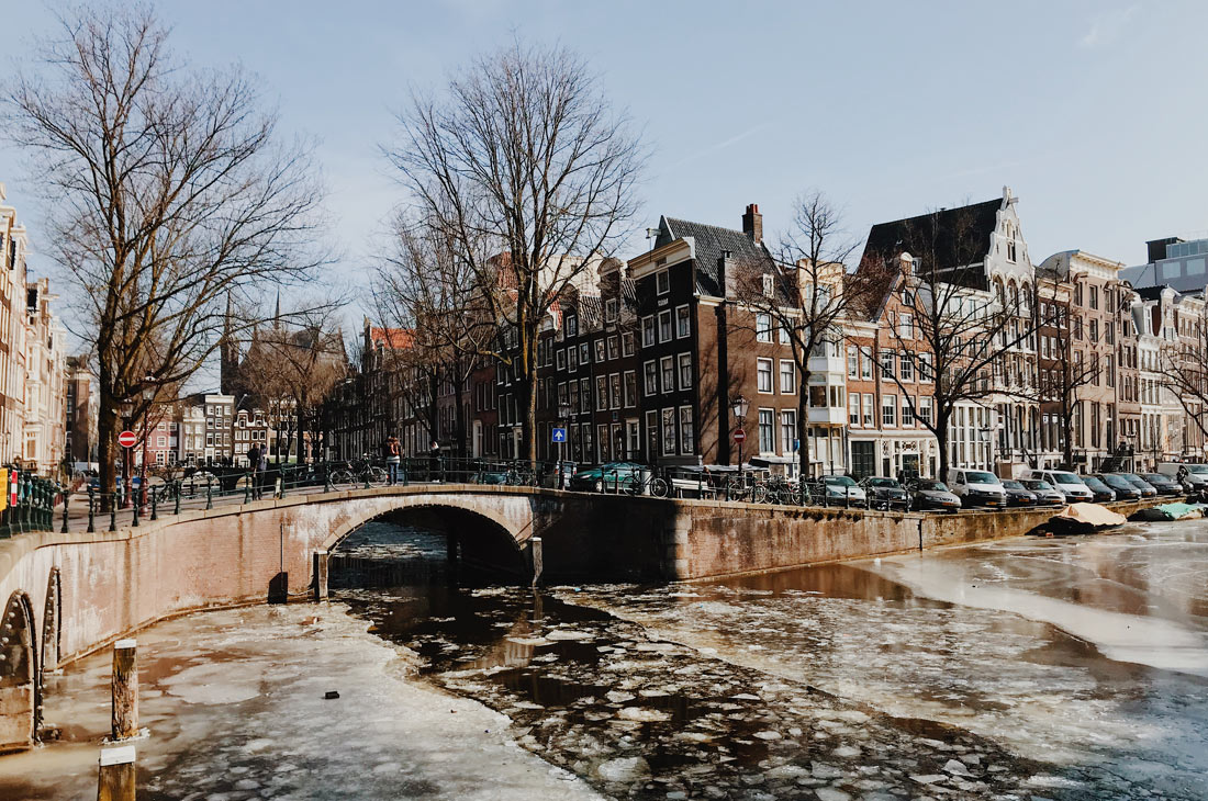 Winter on Amsterdam's Frozen Canals Frozen Leidsegracht and Keizersgracht   Amsterdam Frozen Canals © Coupleofmen.com