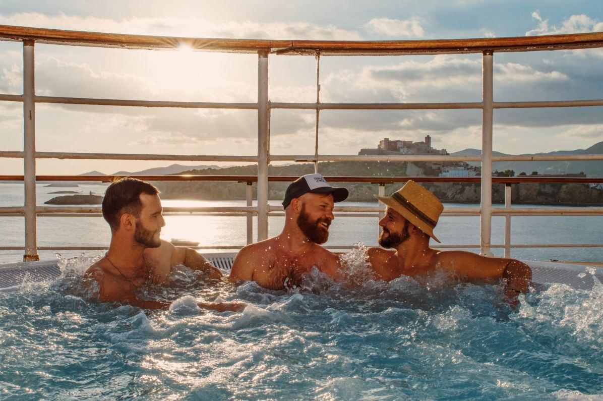 Enjoying the Whirlpool with sexy Gay Men on board the MV Zenith | European Gay Cruise by Open Sea Cruises x Axel © Coupleofmen.com