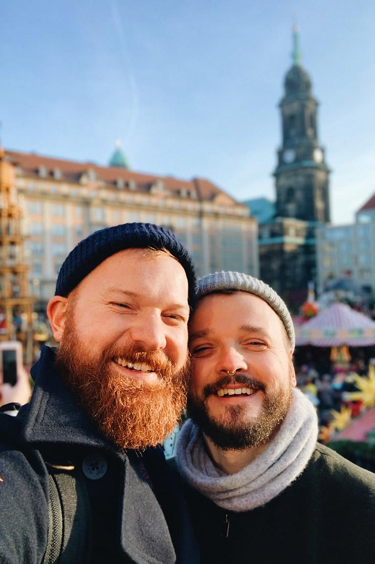 Selfie on a sunny winter day at Striezelmarkt Dresden © Coupleofmen.com