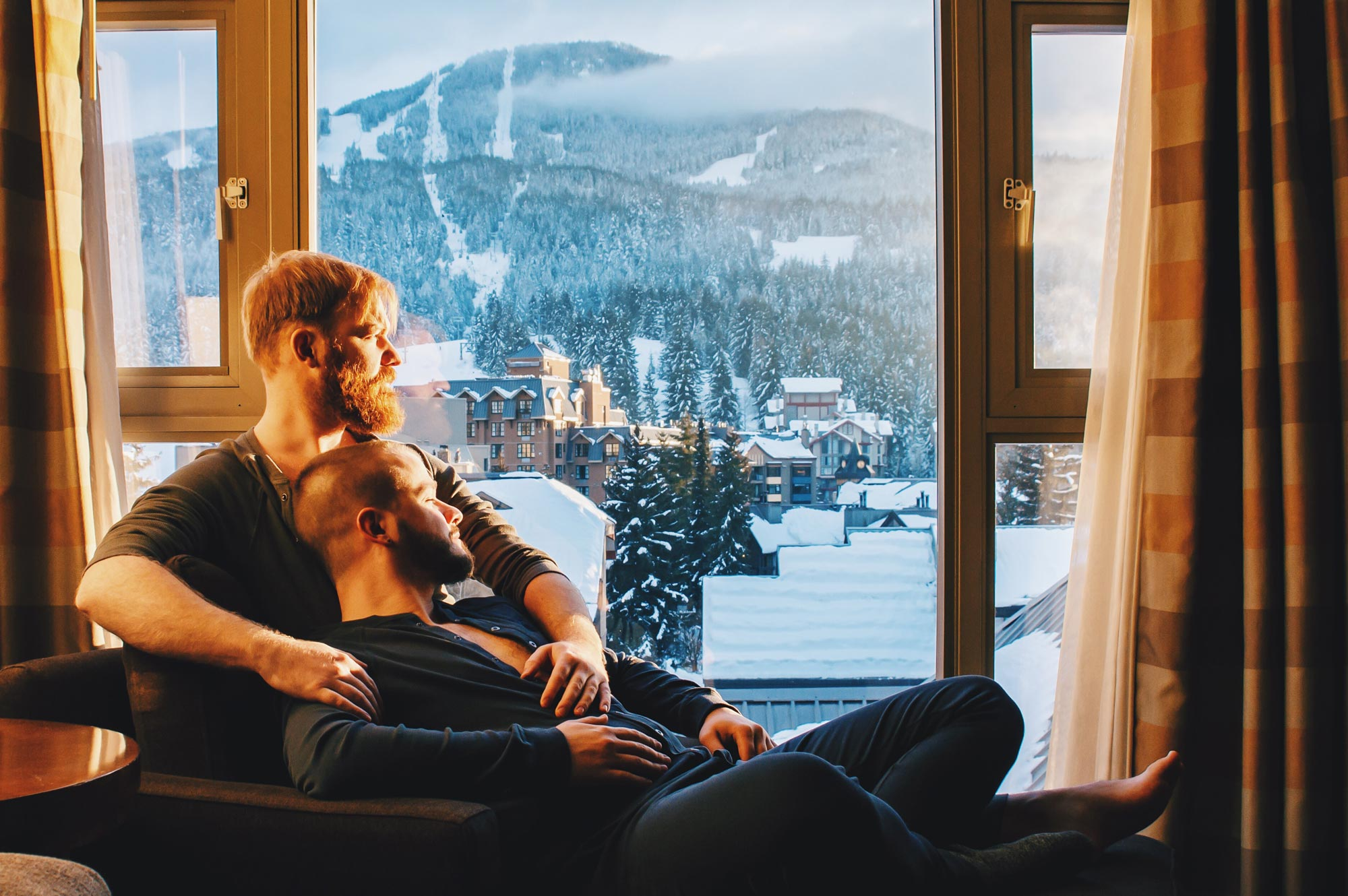 Whistler Pride Gay Skiwoche Whistler Pride Gay Skiwoche Couple of Men - Winter Trip to Canada for Whistler Pride and Ski Festival 2019 © Coupleofmen.com