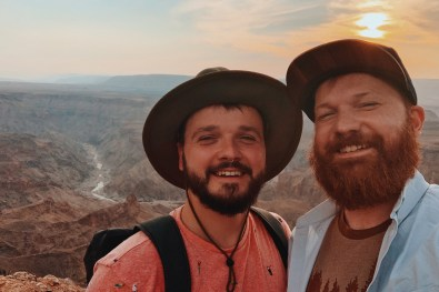 Selfie moment in front of the second biggest canyon in the world, The Fish River Canyon © Coupleofmen.com