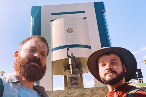 Selfie in front of the Independent Memorial Museum in Windhoek © Coupleofmen.com