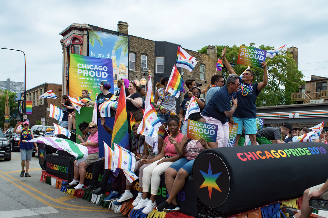 Chicago Gay City Tipps Chicago Proud Float at Chicago Pride Parade 2019 © Coupleofmen.com
