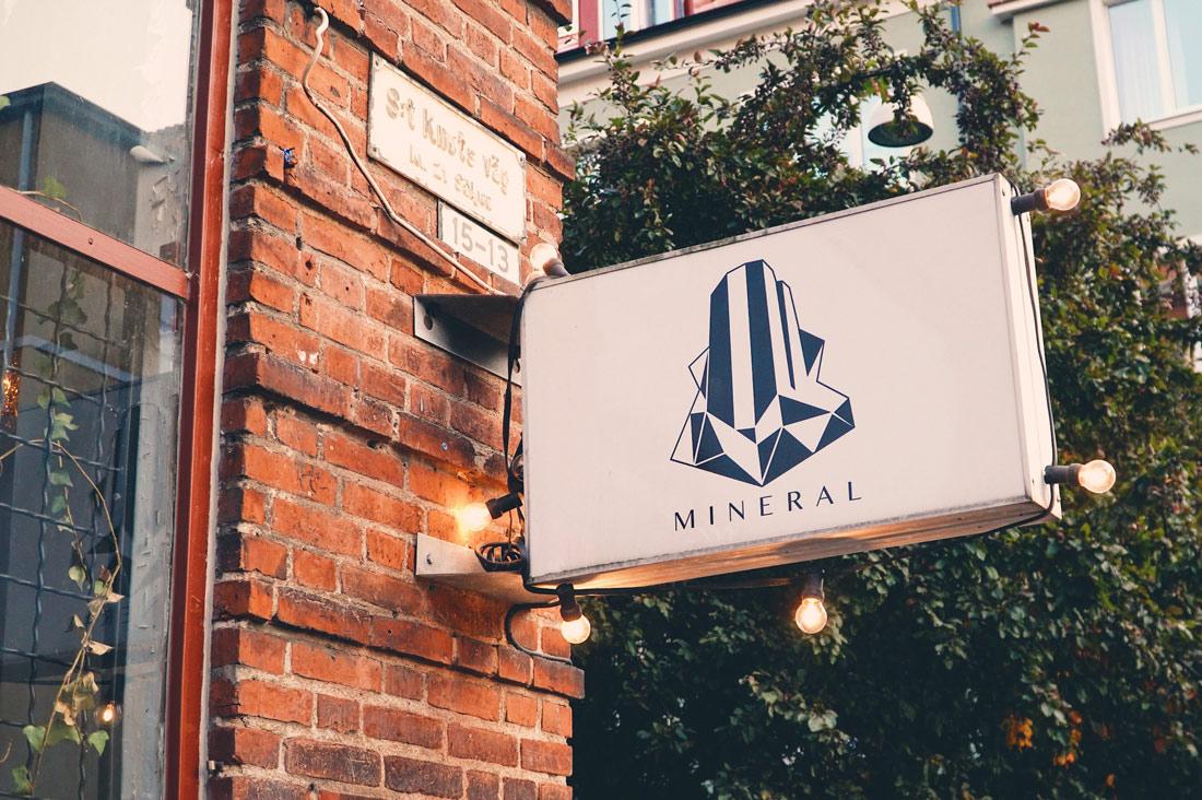 Mineral Vegan Restaurant Malmö Illuminated sign and logo of the Mineral Restaurant Malmö © Coupleofmen.com