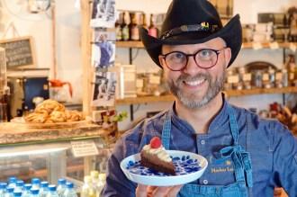 Two-time participant in Swedish Dessert Masters Cake Cowboy Markus Lundqvist © Coupleofmen.com