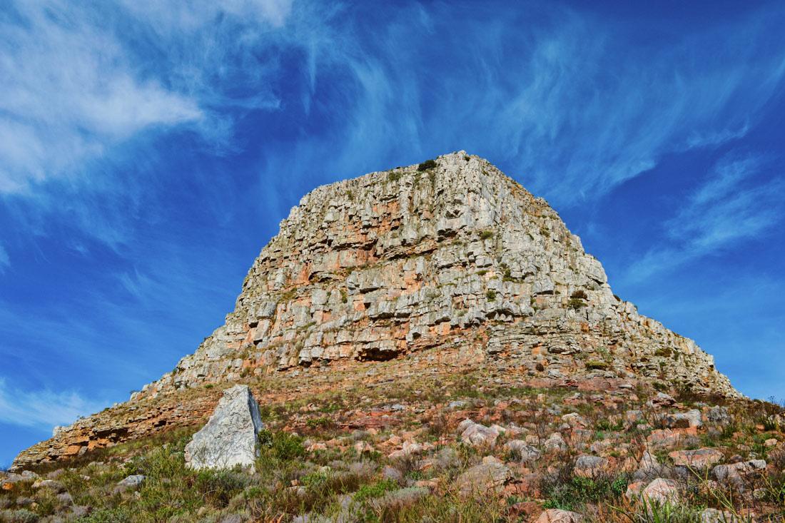 Final destination of our hike: Cape Town's Lion's Head (photo taken from west) © Coupleofmen.com