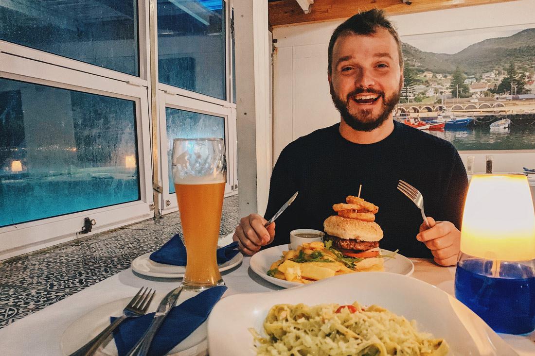 While Karl loves his Burger with a Hefe Weizen in Kalk Bays Restaurant Brass Bell © Coupleofmen.com