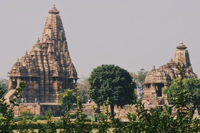 Gay Reise Indien Impressive light show in the evening around the temples of Khajuraho © Coupleofmen.com