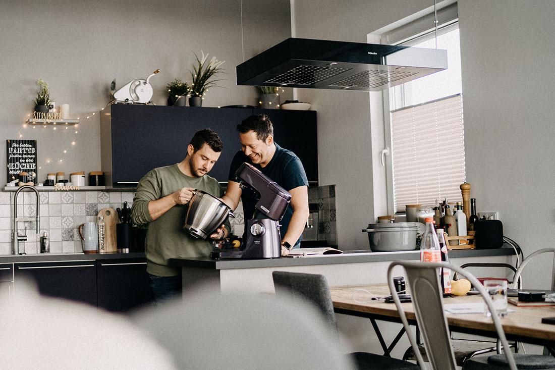 Die Jungs kochen und backen Torsten-and-Sascha-German Food Blogger Couple of the LGBT community