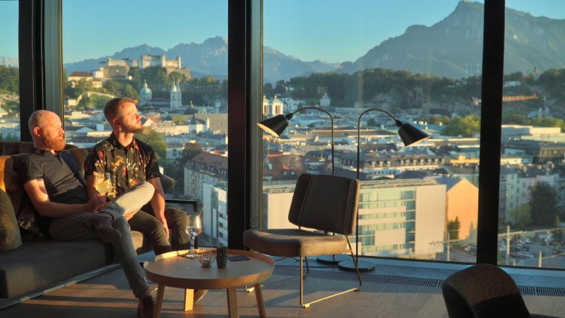 Sunset watching together at Hugoes 14 Bar at Arte Hotel Salzburg © Coupleofmen.com