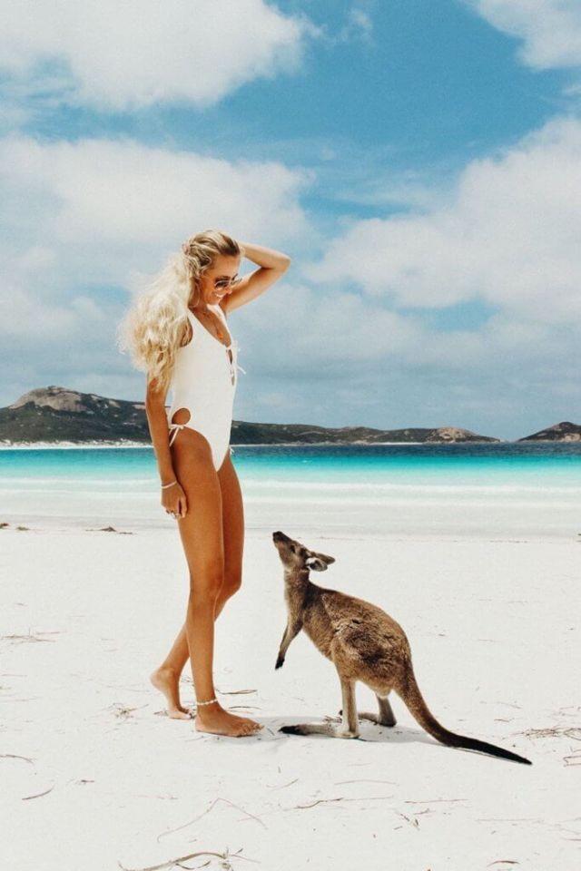 couples coordonne esperance australie occidentale alex à lucky bay avec kangourou