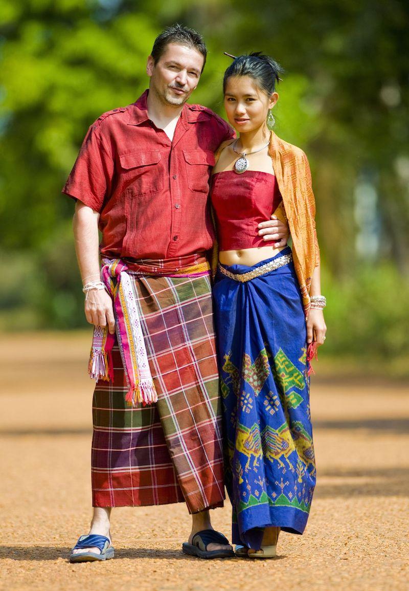skype counselors help international couples