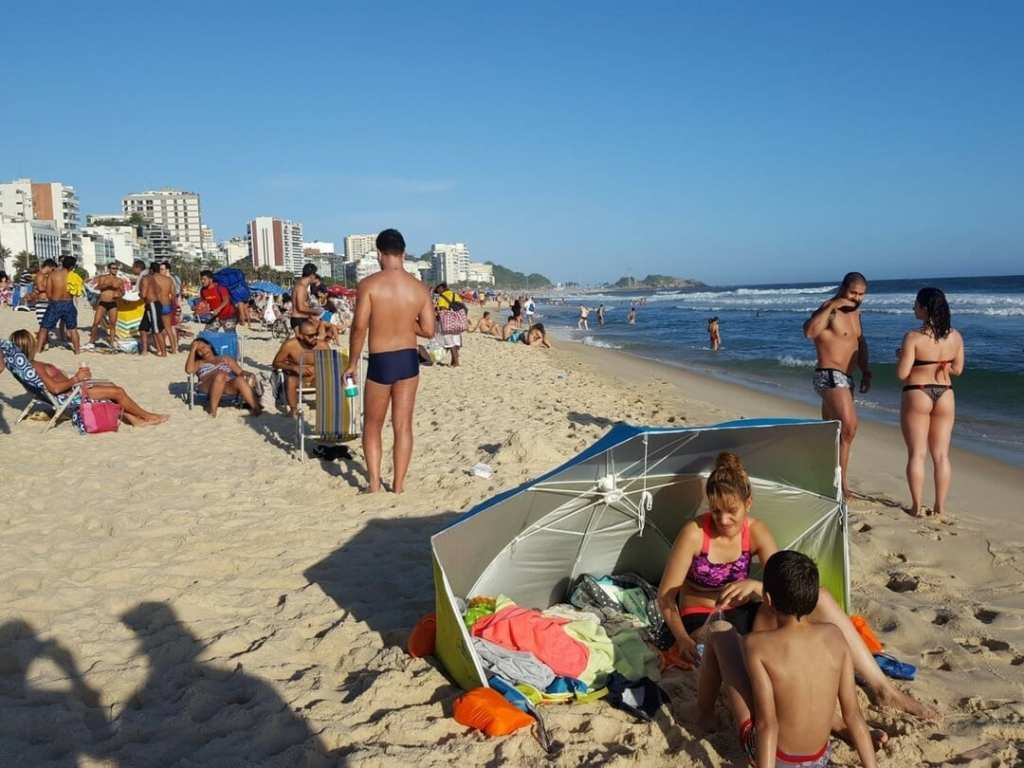 A photo of Impanema Beach - a visit is one of the fun things to do in Rio de Janeiro
