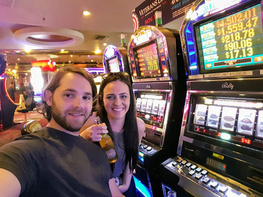 An image showing how to get Free Drinks in Las Vegas