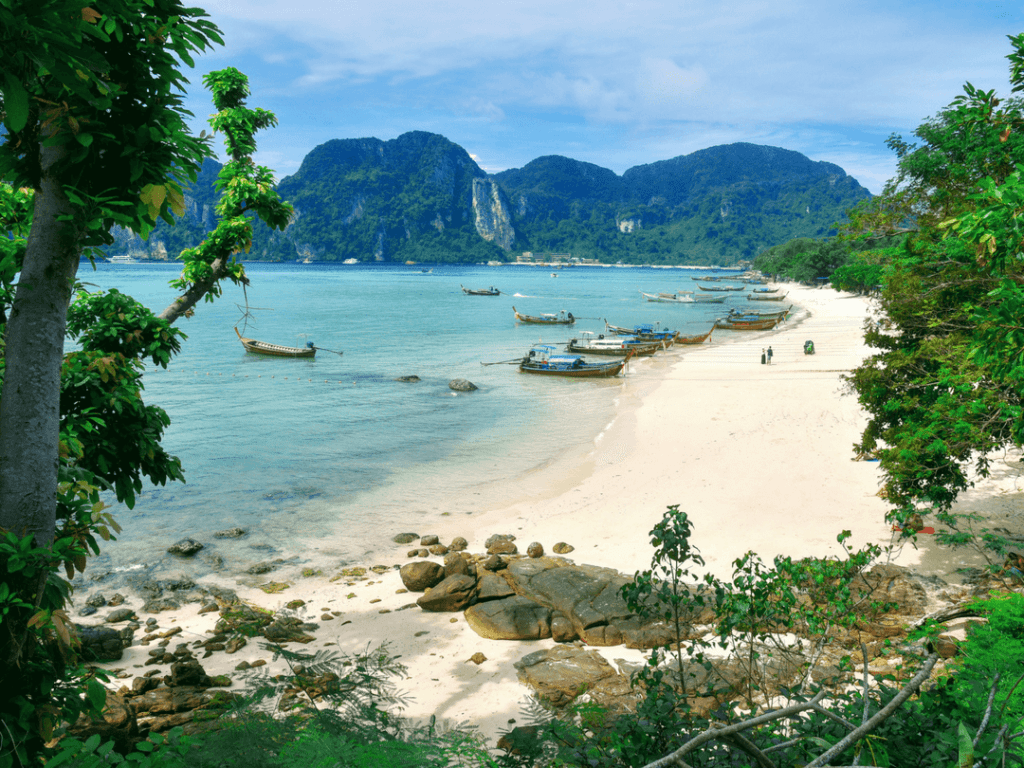 An-image-showing-the-best-place-to-stay-in-Phi-Phi