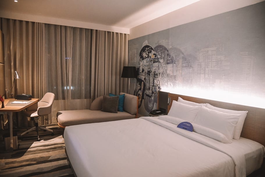 Novotel Sukhumvit 4 Bangkok Deluxe King Room review and tips
