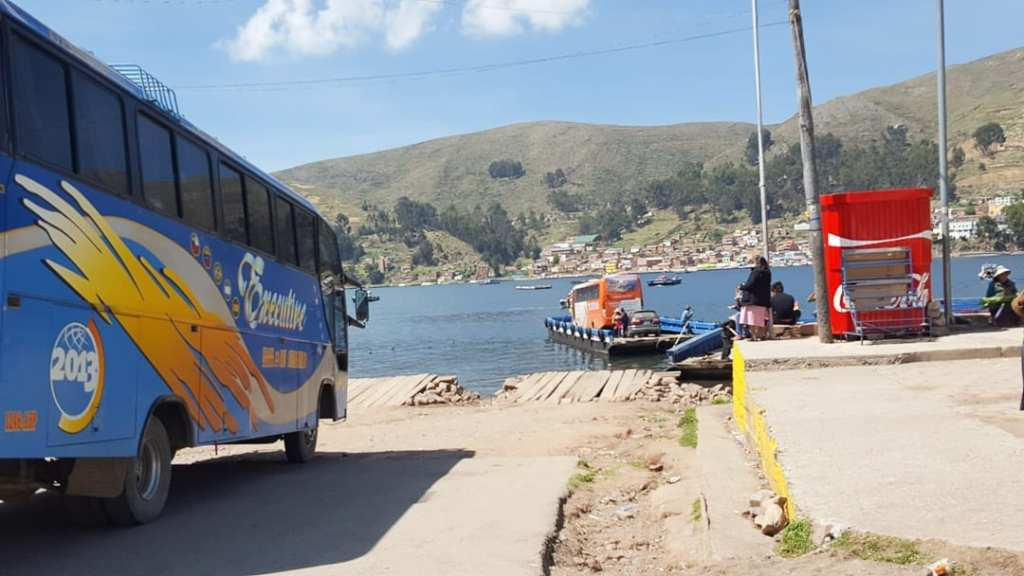 Copacabana to La Paz bus, La Paz Copacabana, Copacabana La Paz, Copacabana La Paz Bus, How to travel from La Paz to Copacabana