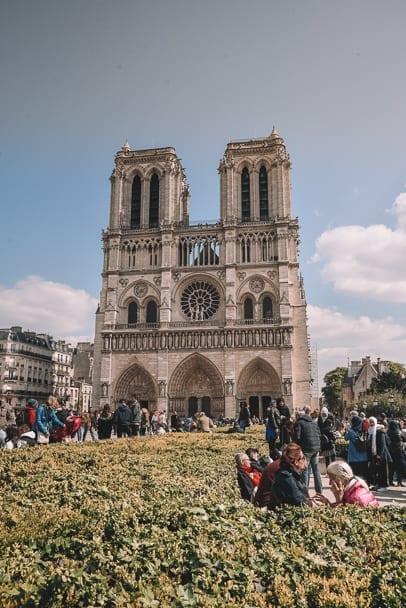Instagrammable-paris-notre-dame