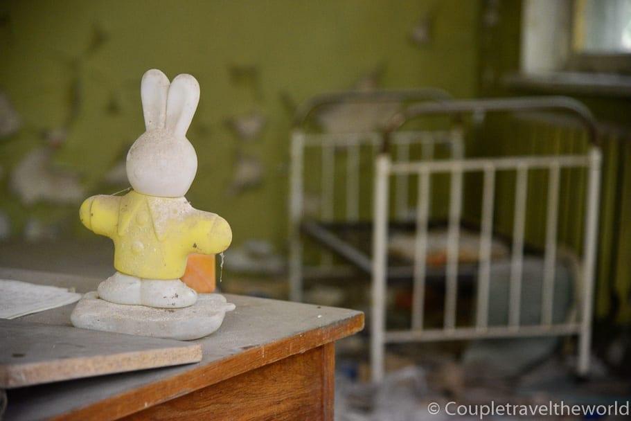 lost-toy-empty-bed-chernobyl