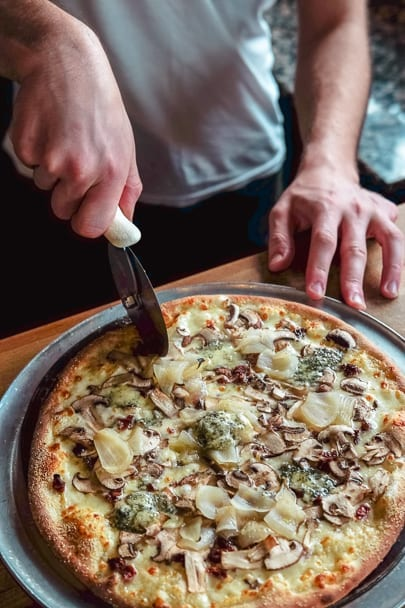 at-home-date-night-pizza