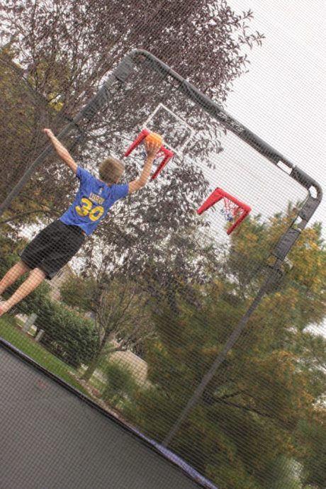 skywalker-trampolines-double-basketball-hoop
