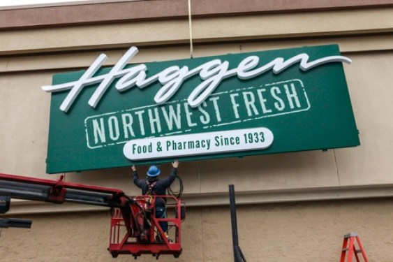 Haggen-sign-going-up
