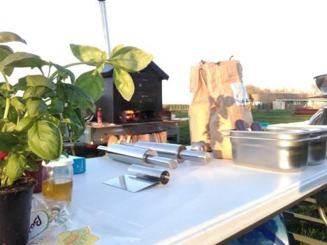 Atelier pizza bio au feu de bois