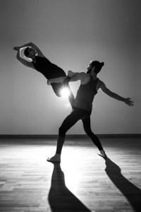 Damien Eissen et l'acro-yoga