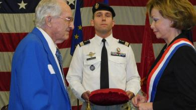 Photo of Miami : 14 héros ont reçu la Légion d'Honneur