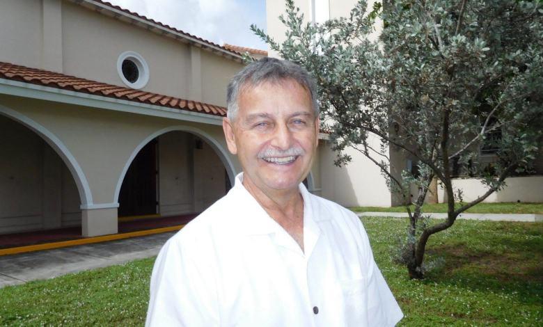 L'abbé Jean-Pierre Guay, prêtre en Floride