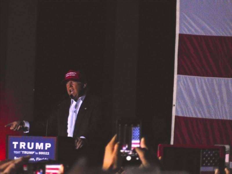 Donald Trump a un lien direct et unique avec son public.