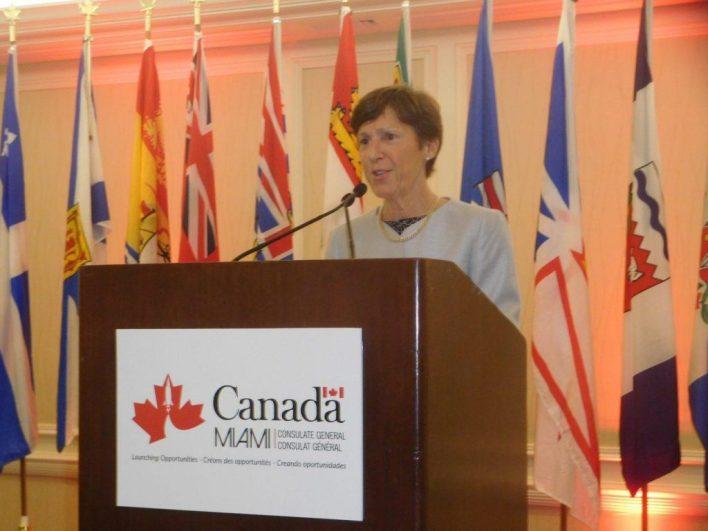Dernière intervention publique pour Louise Léger : l'accueil du Gouverneur Général Johnston.