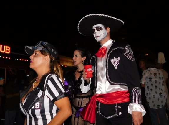 wicked-manors-wilton-manors-halloween-20169401