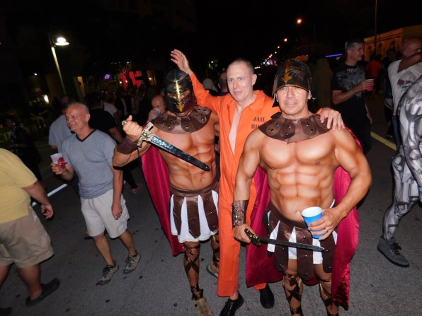 wicked-manors-wilton-manors-halloween-20169464