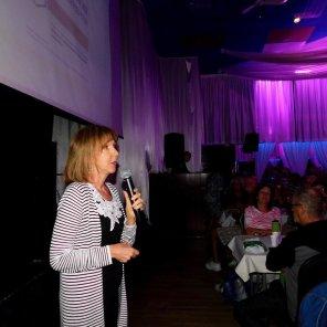 Christine Marchand-Manze (notaire et agent de titre) au Brunch de la Desjardins Bank au Club Tropical d'Hallandale (2017)