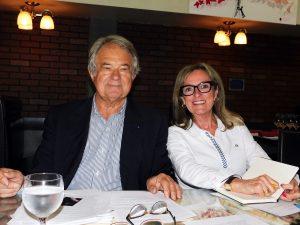 Jacques Brion (référent de la campagne Fillon 2017 pour les USA) et Liliane Surville (Fillon2017Miami)
