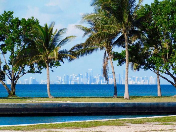 Vue de Miami depuis l'île de Boca Chita Key, dans le Biscayne National Park
