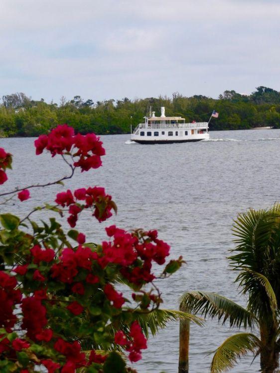 Le bateau-navette de Captiva Cruise vers l'Île de Cabbage Key (Floride)
