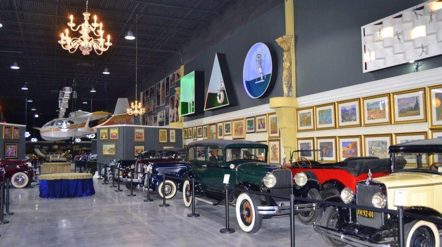Dezer Auto Museum de Xtreme Action Park de Fort Lauderdale