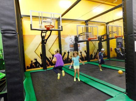 Partie pour les enfants au Xtreme Action Park de Fort Lauderdale