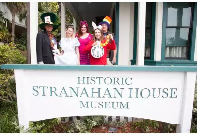 Mad Hatter's Tea Party à Fort Lauderdale
