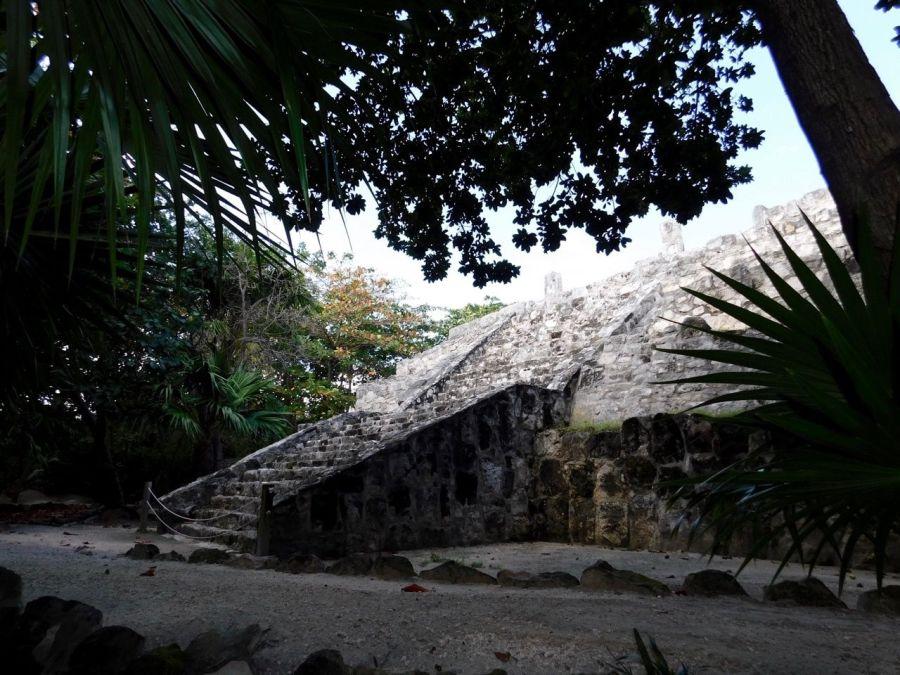 Musée Maya et Pyramide de Cancun au Mexique