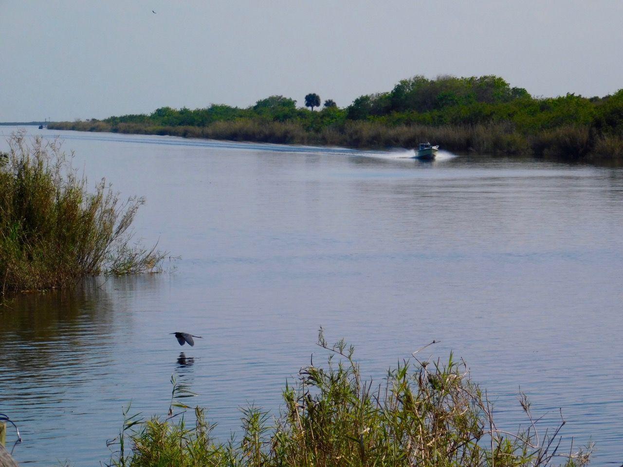 Bateau sur le Lac Okeechobee à Lake Port (en Floride)