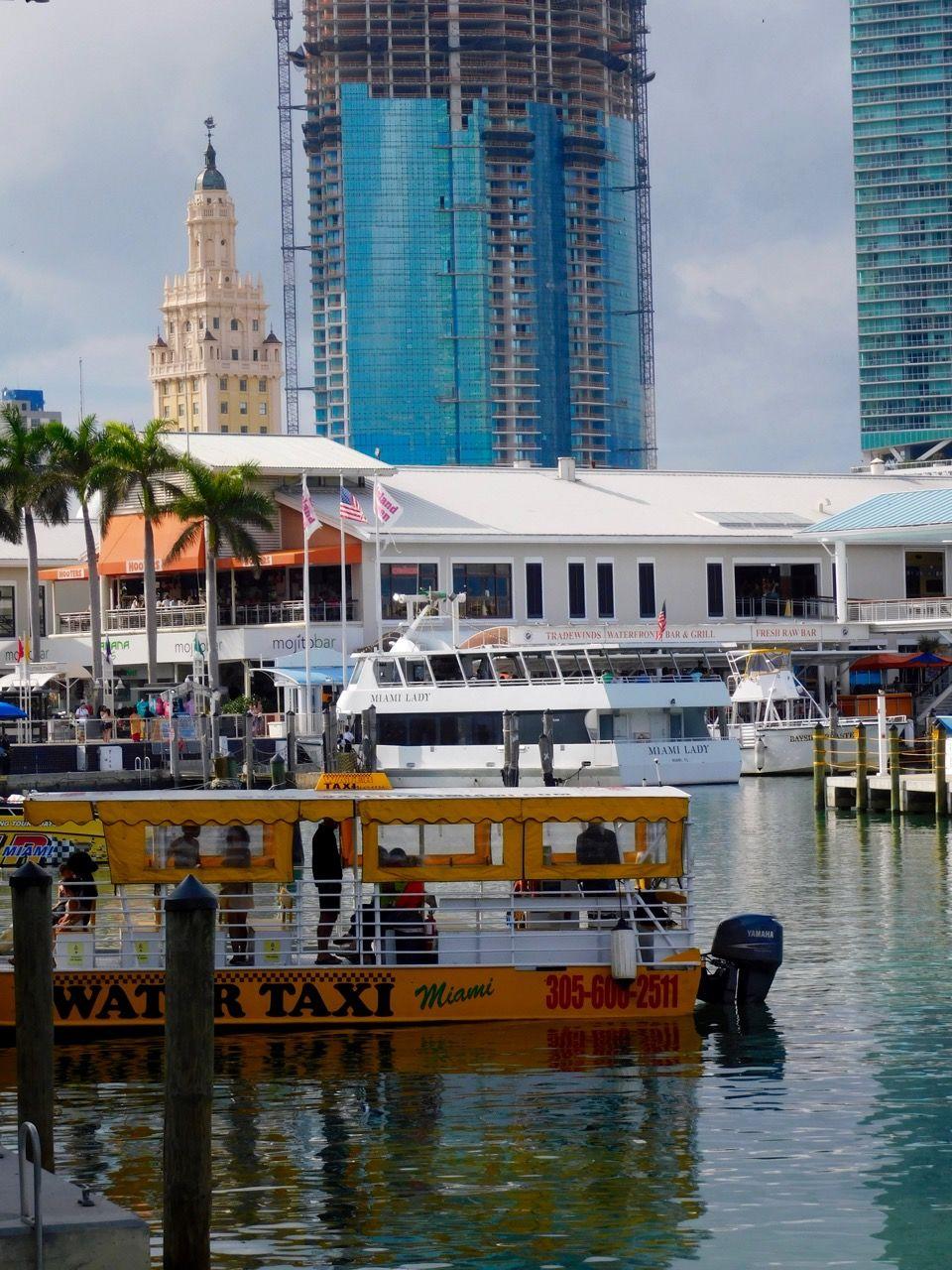 La marina de Bayside Market Place à Miami Dowtown