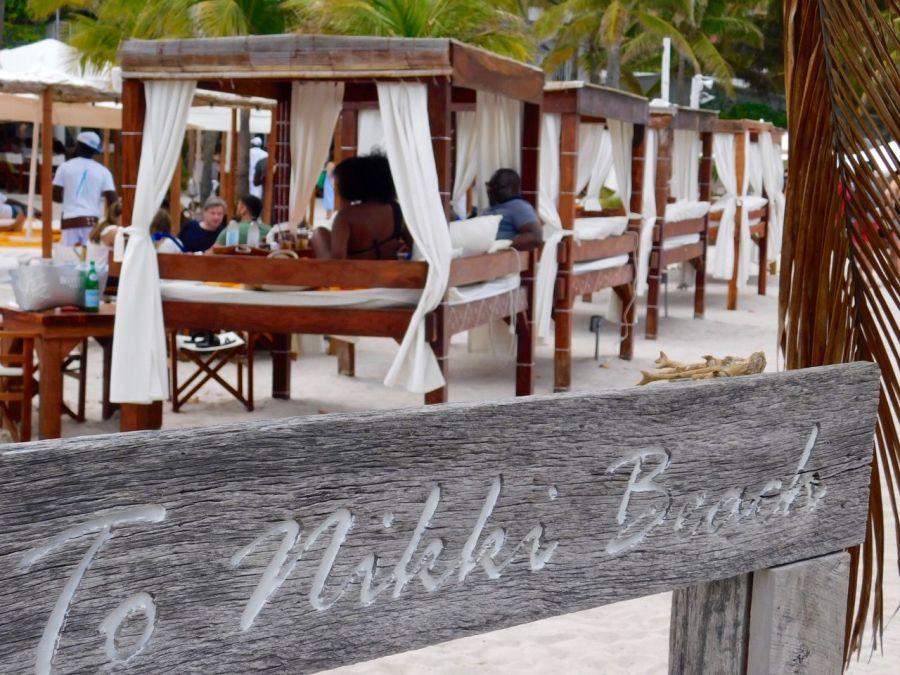Le célèbre bar Nikki Beach de Miami Beach