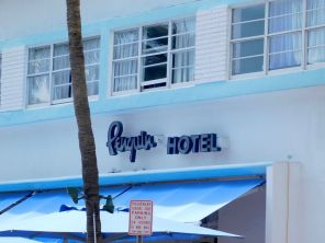 Penguin Motel (hôtel art déco) à South Beach / Miami Beach