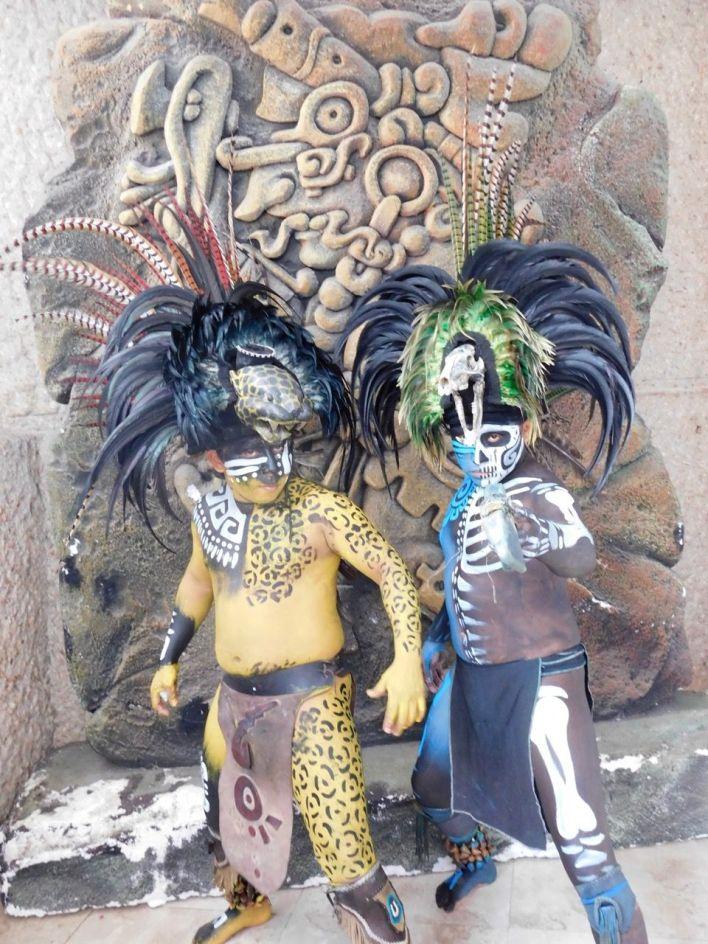 Guerriers mayas à Chichen Itza