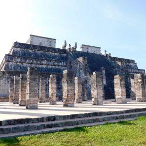 Temple des Guerrier Jaguars à Chichen ItzaTemple des Guerrier Jaguars à Chichen Itza