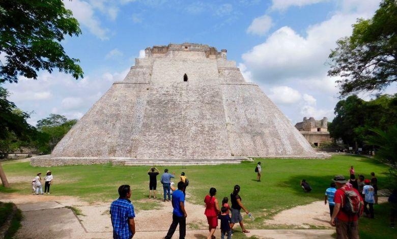 Uxmal et la route Puuc dans le Yucatan : pyramides et villes mayas